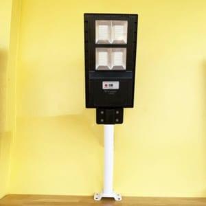 Den-duong-nang-luong-mat-troi-100W-Pin-Lien-The-Viti-Smart-2-600x600
